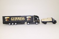 Corgi Classics 59563; Guinness Past & Present Set; Renault Premium Curtainside & Leyland Comet Flatbed with Load