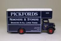 Corgi Classics C953/1; Bedford O Series Pantechnicon; Pickfords Removers & Storers