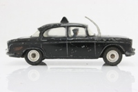 Dinky Toys 256; Humber Hawk Saloon; Police