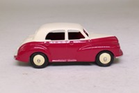 Atlas Dinky Toys 159; Morris Oxford MO; Cream, Cerise, Beige Hubs