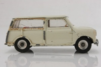 Dinky Toys 197; Morris Mini Traveller; Cream, Red Seats