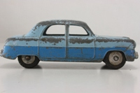 DINKY - Ford Zephyr - 162