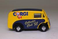 Corgi Classics D983/3; Morris J Van; Corgi Collectors Club 1991