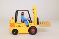 Corgi Classics 56701; Allis Chalmers Fork Lift Truck; Yellow, Stores & Despatch