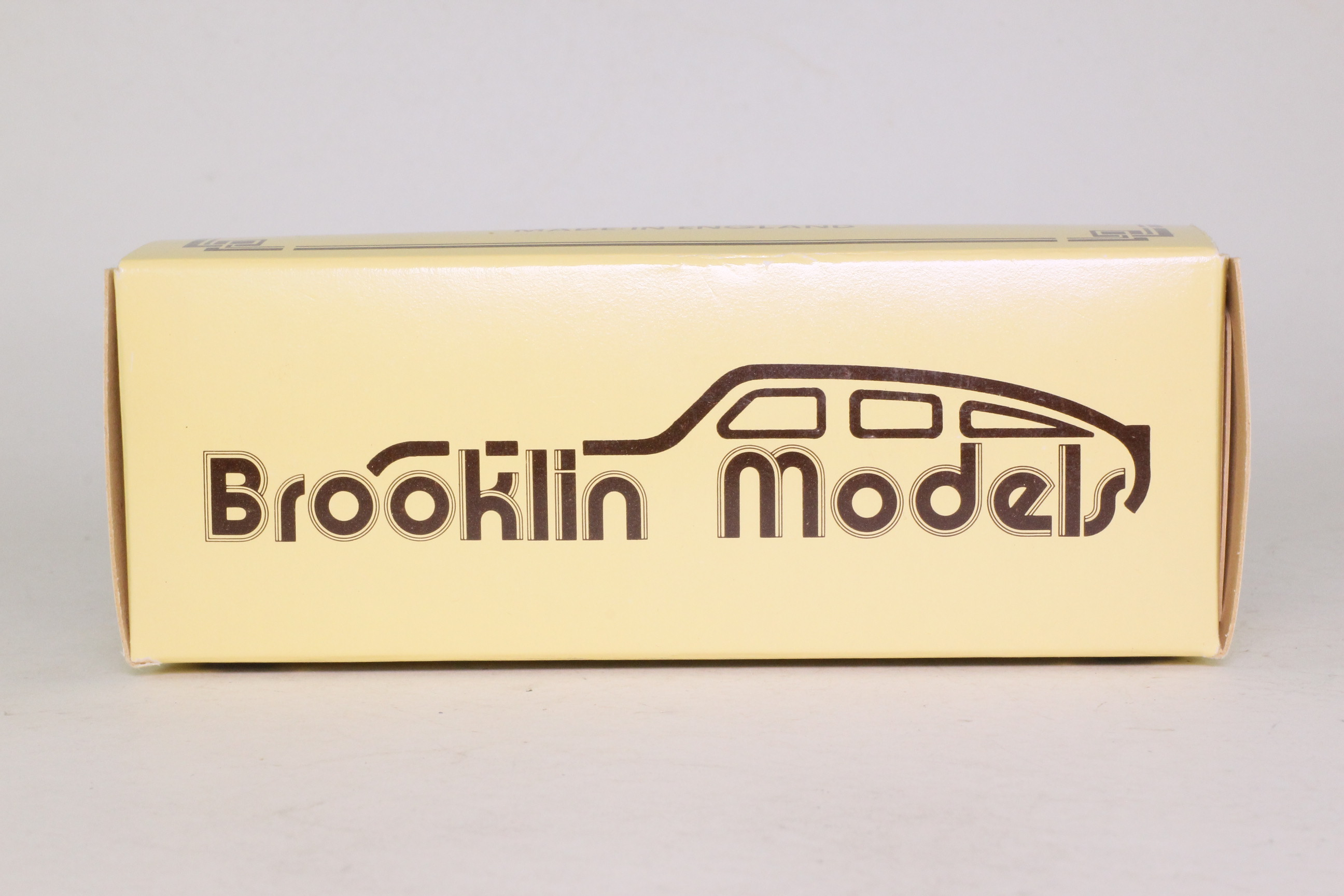 Brooklin BRK 42x