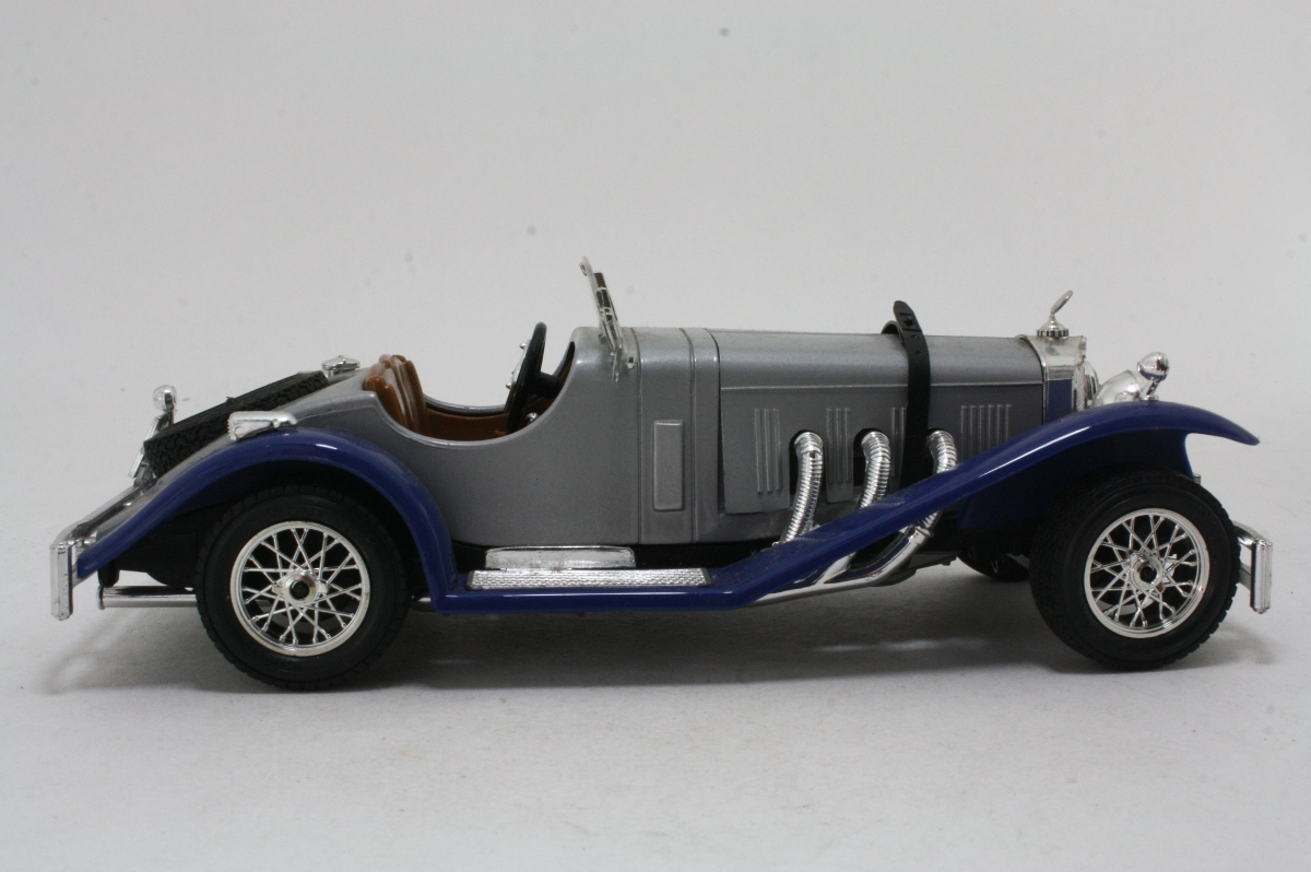 Mercedes benz ssk 1928 burago 1 24 for Mercedes benz ssk 1928 burago
