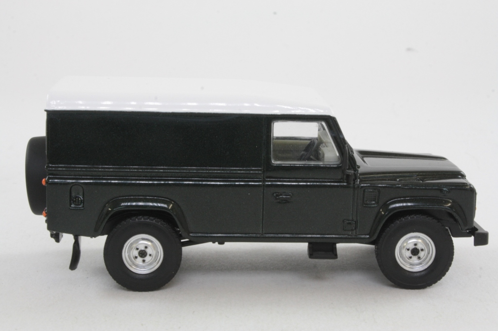 Va09701 Land Rover 110 Defender Van Epsom Green 21496