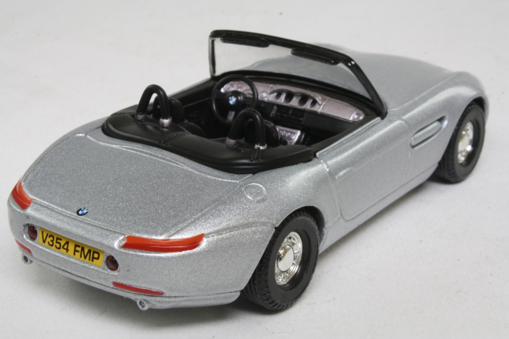 Corgi Classics 05001 James Bond S Bmw Z8 The World S Not