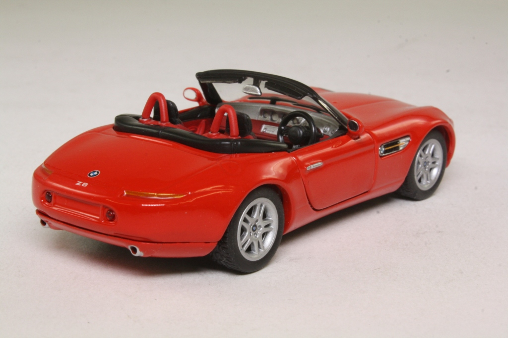 Corgi Classics Ty91065 Bmw Z8 Roadster Open Top Red 32025