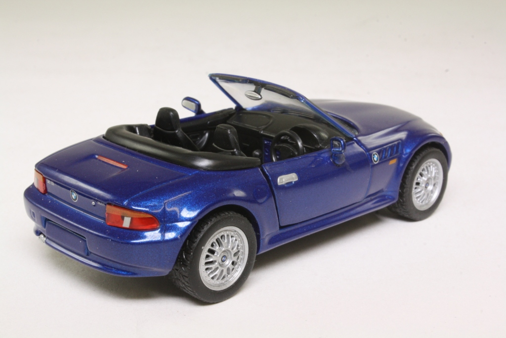 Corgi Classics Ty91006 Bmw Z3 Sports Open Top Metallic