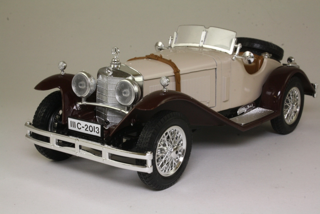 Burago 3009 1 18 scale 1928 mercedes benz ssk beige brown for Mercedes benz ssk 1928 burago