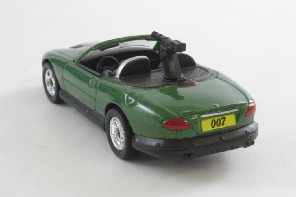 Corgi Classics Ty95903 James Bond 4 Pce Film Canister Set Aston Martin X2 Bmw Z3 Xao S