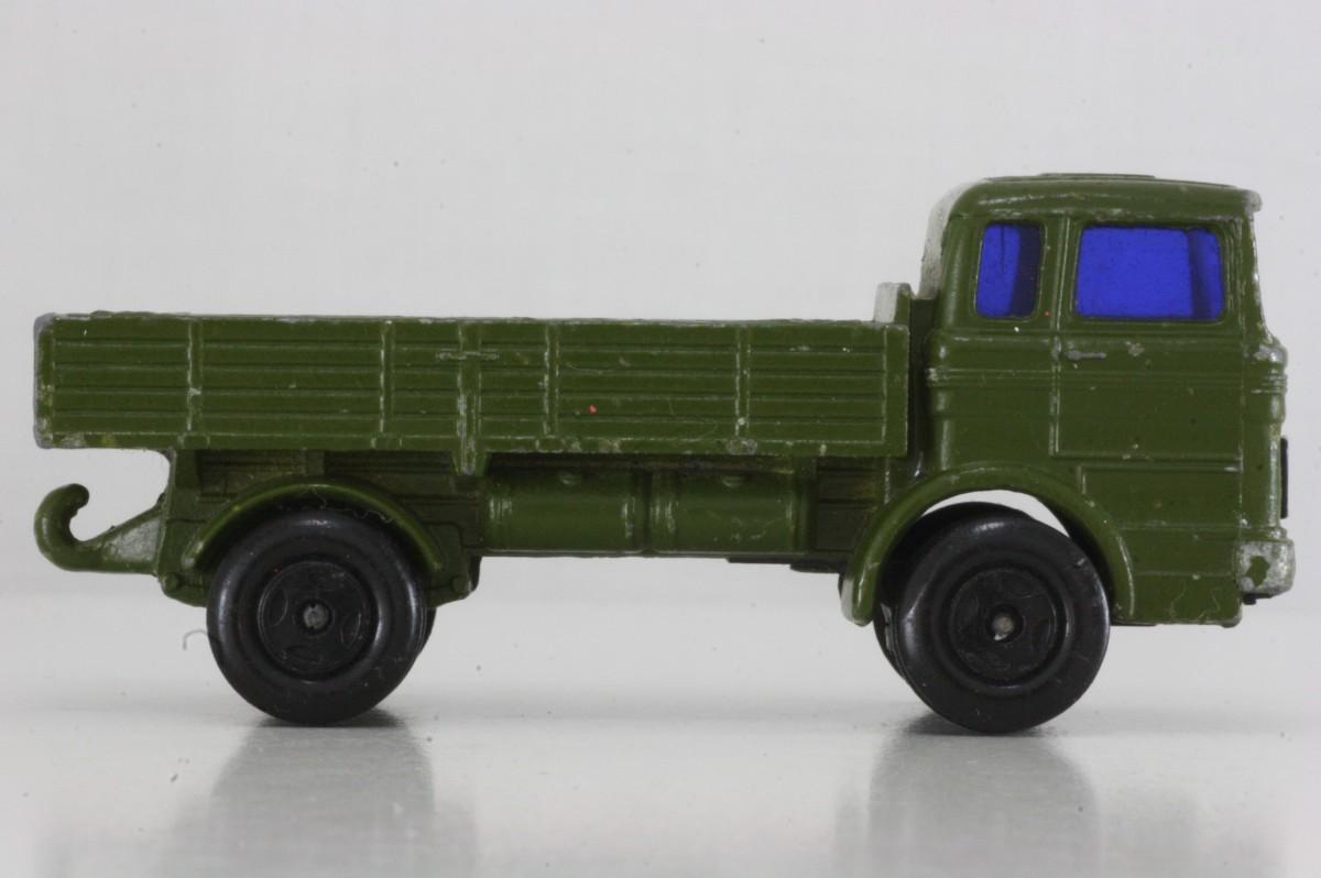 Truck Mercedes Benz >> Matchbox/Lesney 1e; Mercedes-Benz Covered Truck; Military green (Superfast) 4395