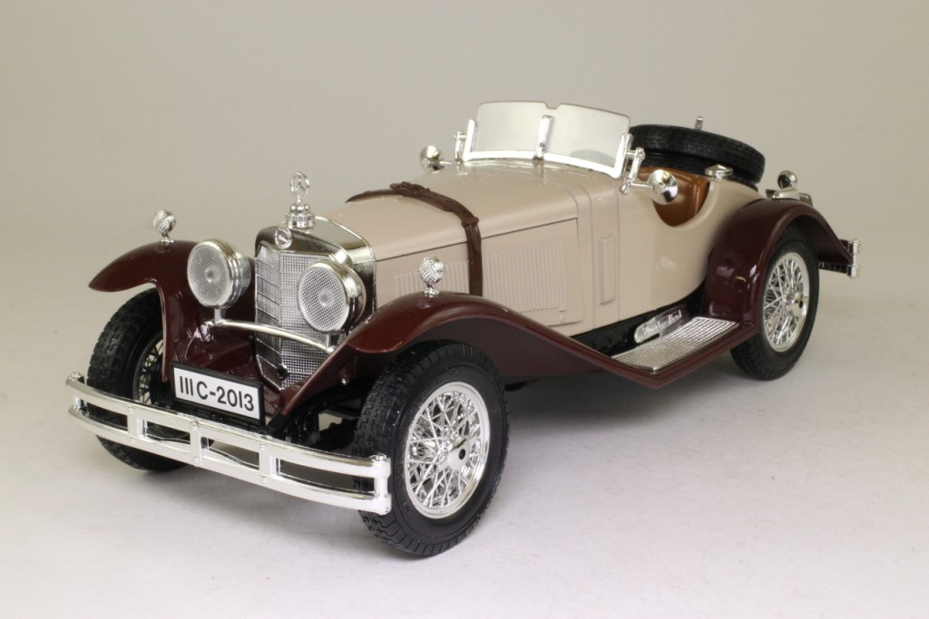 Burago 3009 1 18 scale 1928 mercedes benz ssk beige for Mercedes benz ssk 1928 burago