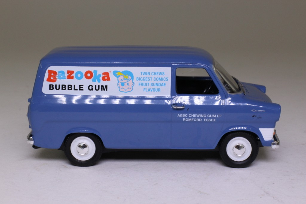 Ford Transit Van >> Vanguards VA06623; Ford Transit Mk1 Van; Bazooka Gum 52299