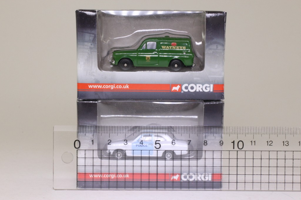 Set of 4 assorted 1 76 scale car amp vans ford amp mini excellent boxed