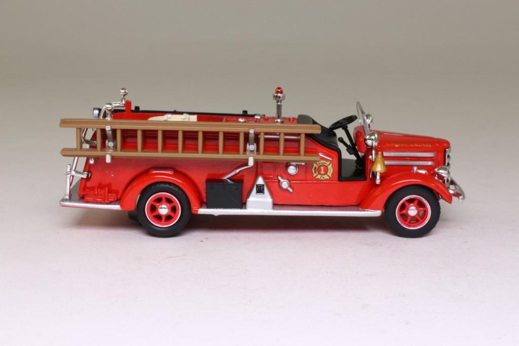 1948 Mack Truck : Del prado  mack pumper open cab engine co no
