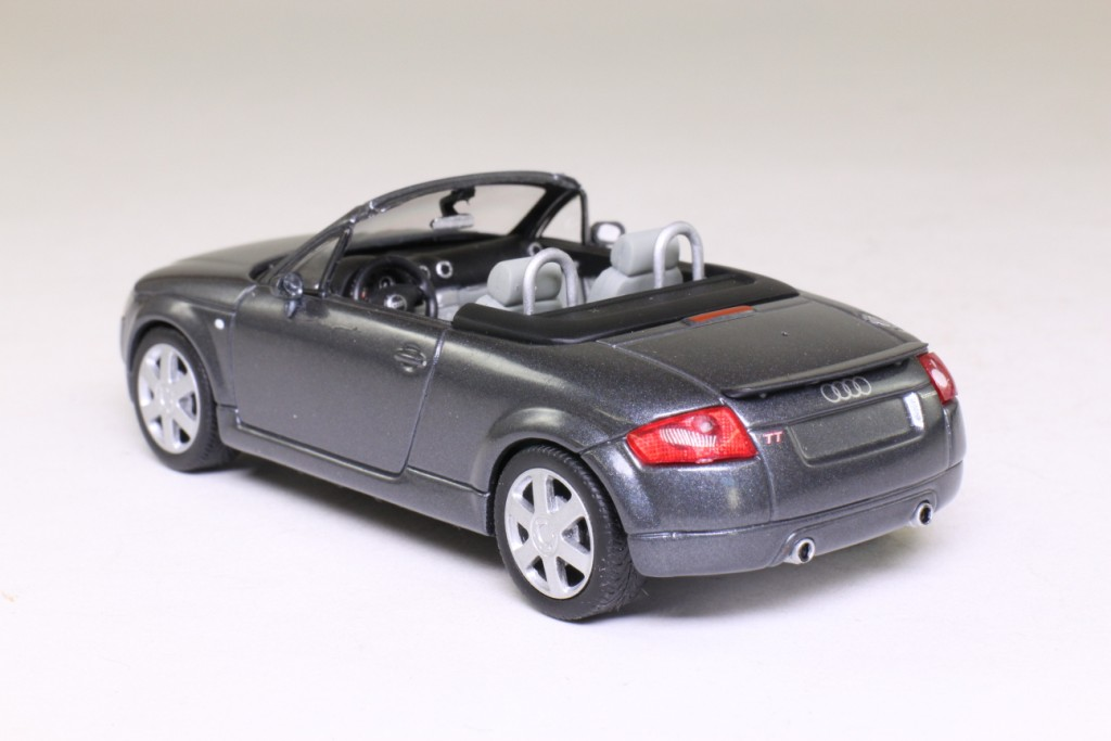 minichamps 1 43 1999 audi tt roadster pearlised dolomite grey excel little wheels. Black Bedroom Furniture Sets. Home Design Ideas