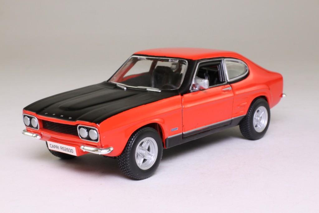 burago 1 32 scale 1970 ford capri mki rs2600 red black. Black Bedroom Furniture Sets. Home Design Ideas