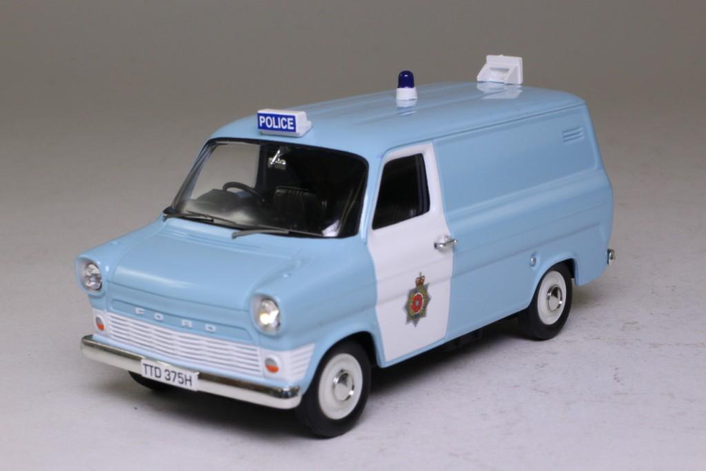 Ford Transit Van >> Vanguards VA06610; Ford Transit Mk1 Van; Lancashire Constabulary Section Van 61257