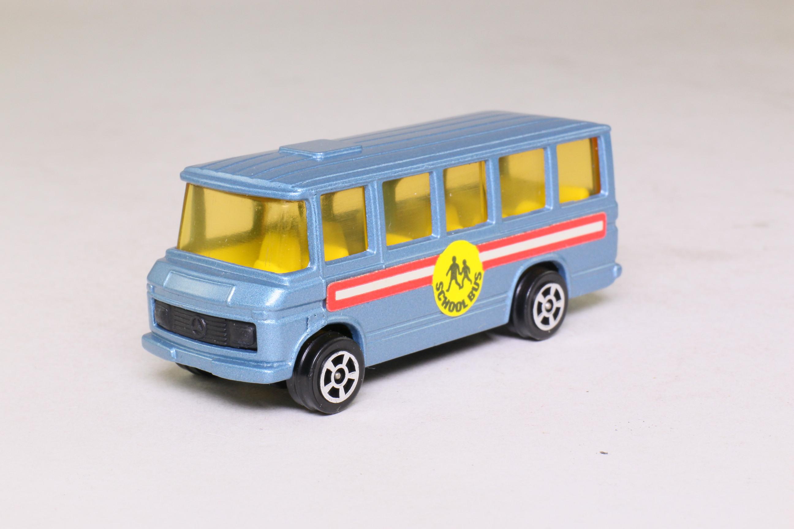 Corgi juniors 15 c mercedes benz school bus met blue for Mercedes benz school