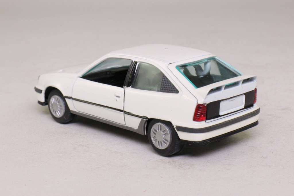 gama 1196 1998 vauxhall opel astra gte white very good boxed ebay. Black Bedroom Furniture Sets. Home Design Ideas