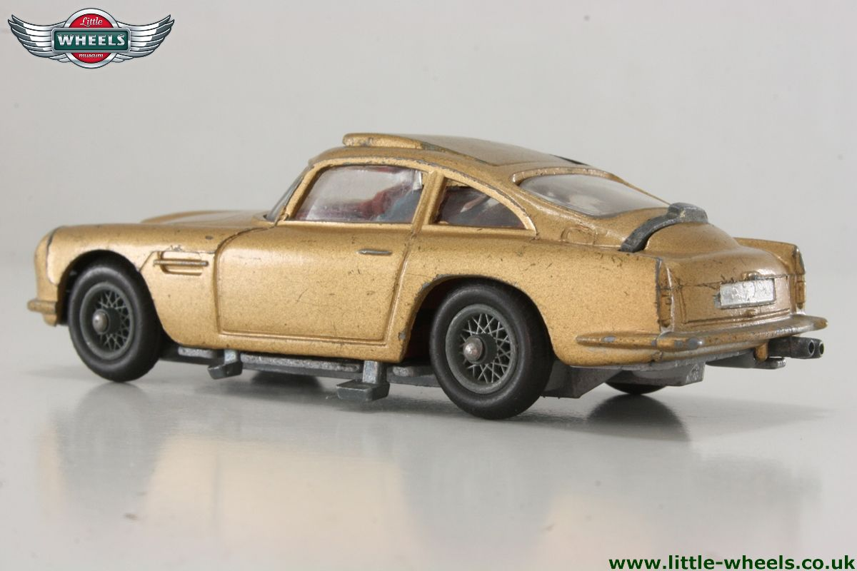 bond aston martin db5 - 261
