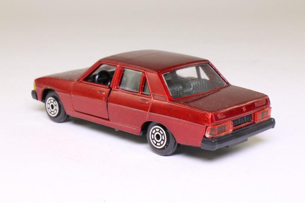 norev 857 peugeot 604 sedan metallic red 1 43 scale excellent boxed ebay. Black Bedroom Furniture Sets. Home Design Ideas