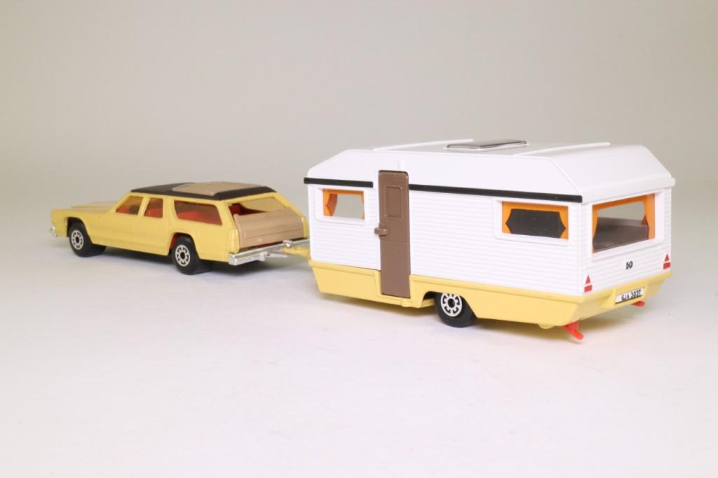 Matchbox King Size K-69/1; Caravan Touring Set; Dodge Monaco Station Wagon & Caravan 69766