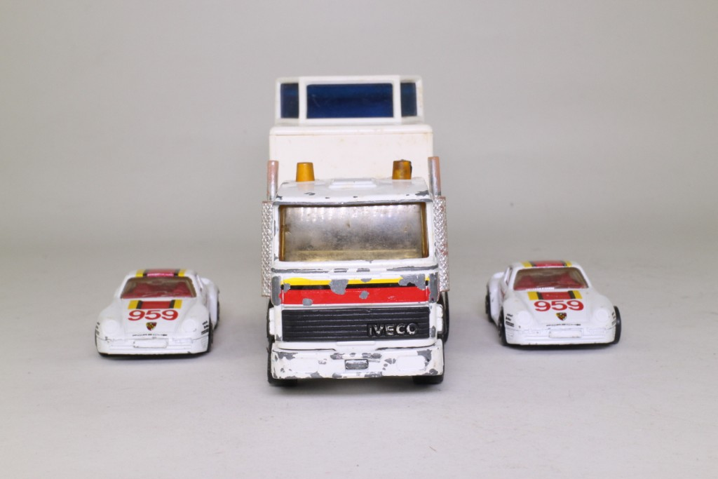 Matchbox Super Kings K 159 1 Iveco Racing Car Transporter