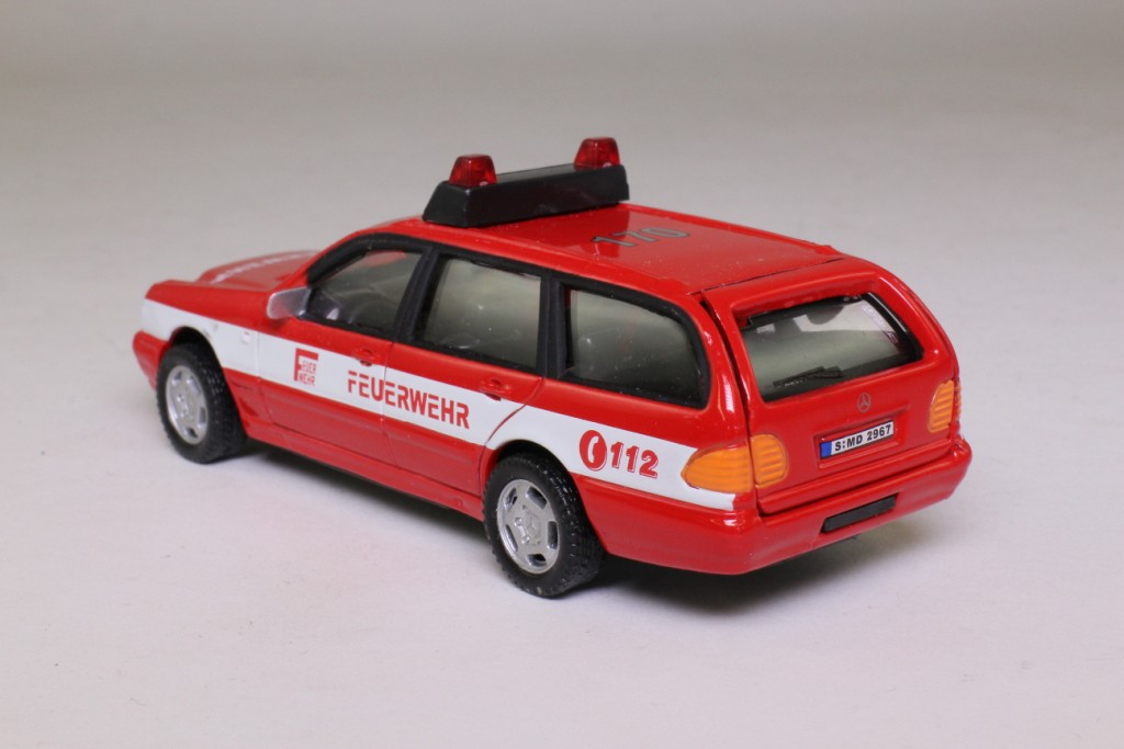 Cararama mercedes c class estate feurwehr german fire for Mercedes benz c class service b