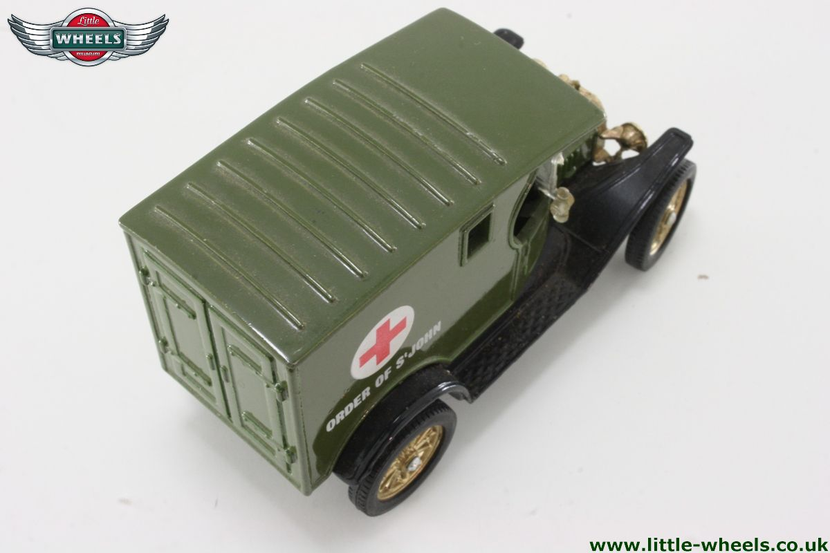 ford ambulance with Model 7384 on Model 9852 additionally 4x4firetruck as well Il chicago squad in addition Cars further La Cadillac De Sos Fantomes 1022719.