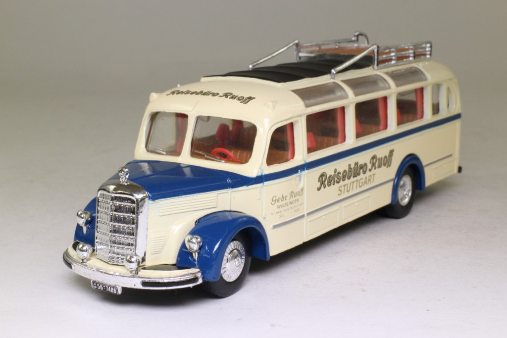 Dinky By Matchbox Dy S10 Mercedes Benz Diesel Omnibus
