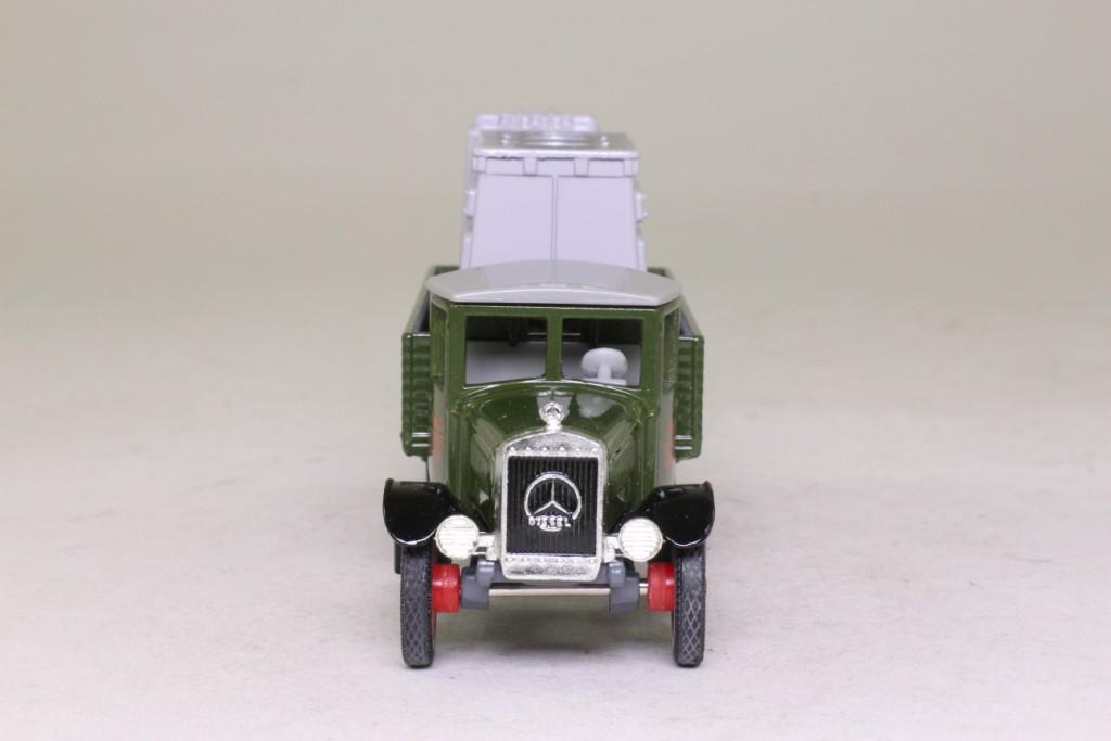 Models of yesteryear 1932 mercedes truck marine engine for Mercedes benz marine engines