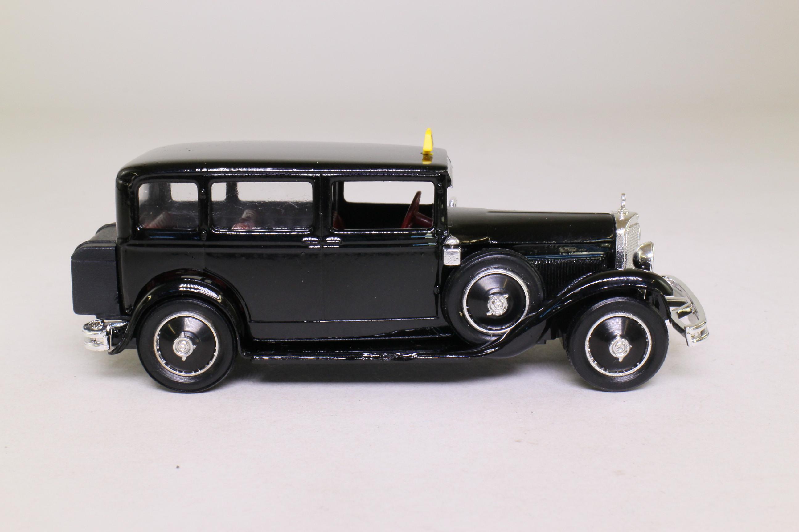 Eligor 1043 1929 mercedes benz nurburg limousine taxi for 1929 mercedes benz