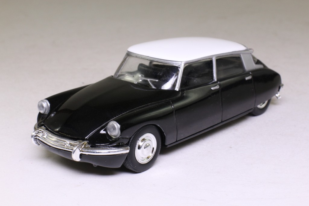 Del Prado 1956 Citroen Ds19 Black Ultimate Car Collection Sealed