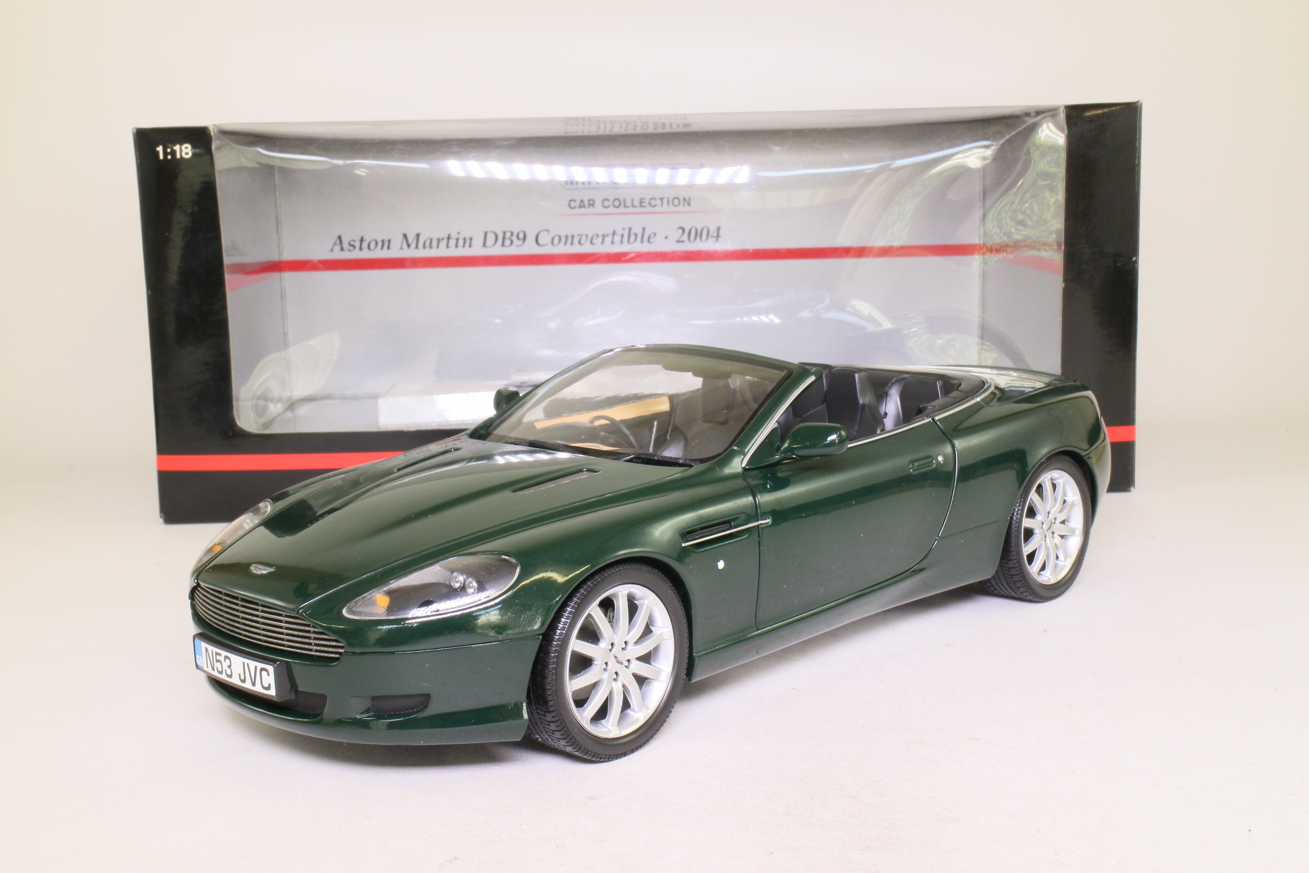 Minichamps 150 137330; 2004 Aston Martin DB9 Convertible; British Racing Green Metallic