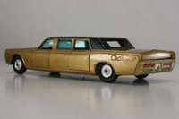Lincoln Continental Executive Limousine - 262